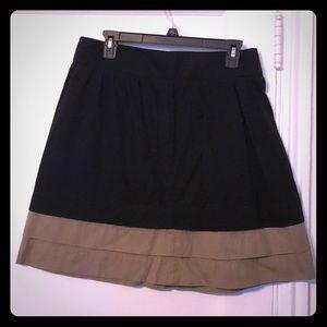 Black & beige A-like skirt.